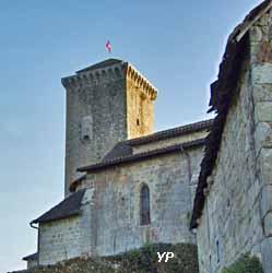 Donjon-tour, église (Pierre Durand, Les Amis de la Tour de Teyssieu)
