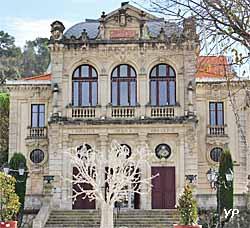 Théâtre municipal (Yalta Production)