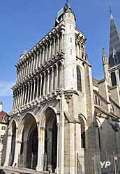 Église Notre-Dame (Yalta Production)