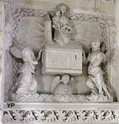 Autel des morts (néogothique flamboyant, XIXe s.) - Vierge et deux anges