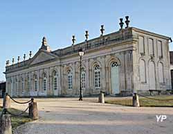 Orangerie du château d'Yrouerre