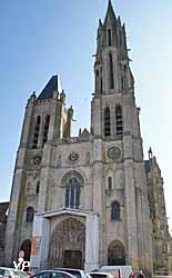 cathédrale Notre-Dame (Yalta Production)