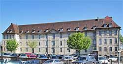 Ancien hôpital de la Charité - internat du lycée Charles Nodier (doc. Yalta Production)