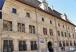 Musée du Temps - palais Granvelle (Yalta Production)