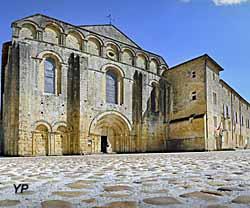 Cloître de Cadouin - l'abbaye
