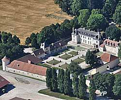 Château de Droupt-Saint-Basle (doc. Château de Droupt Saint Basle)