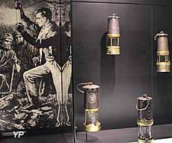 Lampisterie - lampes à flamme utilisées par les mineurs (Musée Les Mineurs Wendel)
