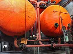 Couloir - ballons d'eau chaude monumentaux