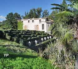 Jardin Botanique de la Font de Bezombes (Yalta Production)