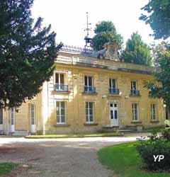 Musée Municipal Michel Bourlet - portail du parc de La Chevrette (Mairie de Deuil-La Barre)