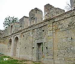 Ancienne Abbaye de Saint-Vivant (C. Laporte)