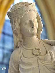 Musée du cloître St-Corneille - Vierge au Pied d'Argent