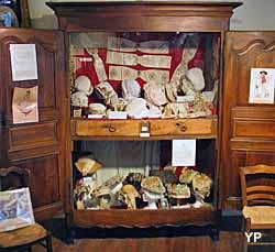 Musée de la Coiffe (doc. Amis du Vieux Blesle)