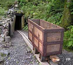 Porche de la mine Saint Thomas