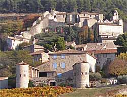 Village de Gigondas (Office de Tourisme Gigondas)