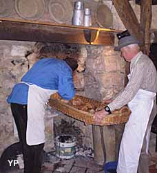 Ecomusées d'Oeuilly - le four à pain (C. Oudart)