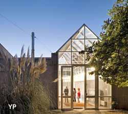centre d 39 art contemporain chanot clamart. Black Bedroom Furniture Sets. Home Design Ideas
