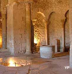 Baptistère de Venasque