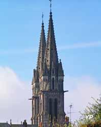 Notre Dame et église romane à La Ferté-Macé