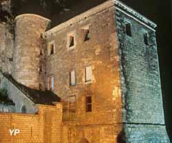 Fort l'Écluse - bâtiment C au dessus de la Porte de Genève