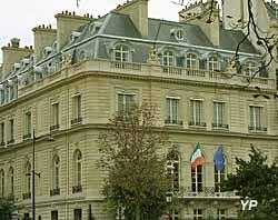 Hôtel de Breteuil - ambassade d'Irlande (Alan Betson Irish Times)