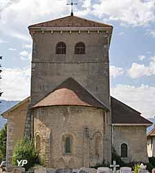 Chevet et clocher romans de l'église Saint-Jean-Baptiste de Viuz-Faverges (seconde moitié du XIIe s)