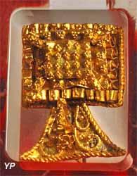 Broche en or (Ier siècle de notre ère)