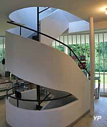 Villa Savoye, escalier tournant