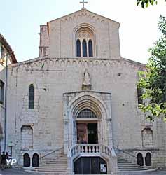 Cathédrale Notre-Dame du Puy (Yalta Production)