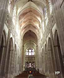 nef de la cathédrale Saint-Etienne
