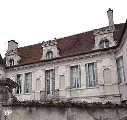 Hôtel de Crole (Yalta Production)