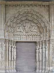 Portail central , cathédrale Notre-Dame de Chartres (28)