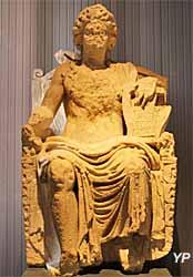 Statue de culte d'Apollon (Nièvre)