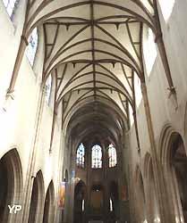 nef de l'église Saint Jean-Baptiste
