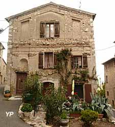 Carros Village (doc. Ville de Carros)