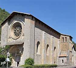 Cathédrale Notre-Dame-du-Bourg (doc. Yalta Production)