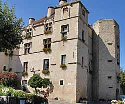 Château de Château-Arnoux-Saint-Auban (doc. Yalta Production)