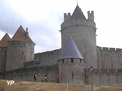 remparts de Carcassonne (doc. Yalta Production)