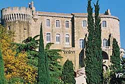 Château de Suze-la-Rousse (doc. OT Suze-la-Rousse)