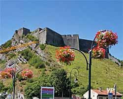 Forteresse de Charlemont (doc. Office de Tourisme de Val d'Ardenne)