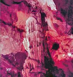 Grotte de Nichet (doc. Office de Tourisme de Val d'Ardenne)