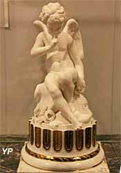 L'amour menaçant (Falconet) - Musée Lambinet