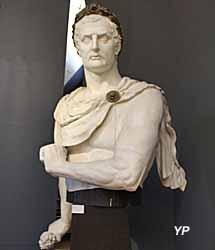 Buste de Napoléon 1er, figure de proue du vaisseau le Iéna - Musée national de la Marine