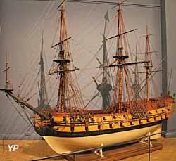 Le Louis le Grand, vaisseau de 50 canons du XVIIe s. (maquette, vers 1700) - Musée national de la Marine