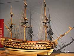 Le Royal Louis, vaisseai à trois ponts du XVIIIe s. (maquette du XVIIIe s.) - Musée national de la Marine