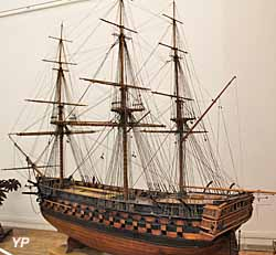 Le Suffren, vaisseau de 90 canons - Musée national de la Marine
