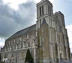 église Saint-Denis de Candé (doc. Yalta Production)