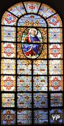 Cathédrale Saint-Louis - vitrail de saint Louis rendant la justice