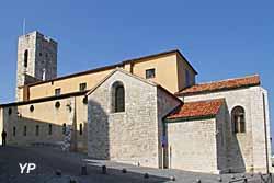 Cathédrale Notre-Dame de l'Immaculée Conception - tour clocher