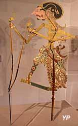 Musée de la Castre - marionnette de théâtre d'ombres (Java)